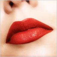 mens-love-red-lipstick