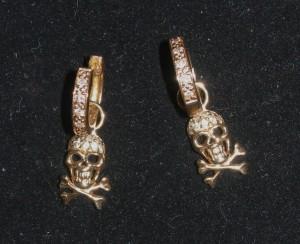 sydney-evans-yg-skulls1