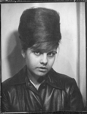 beehive photobooth-girl